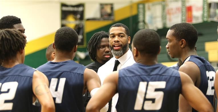 How Hillside first-year head coach Rashard Lee-Worthy led his alma mater to 19 straight wins